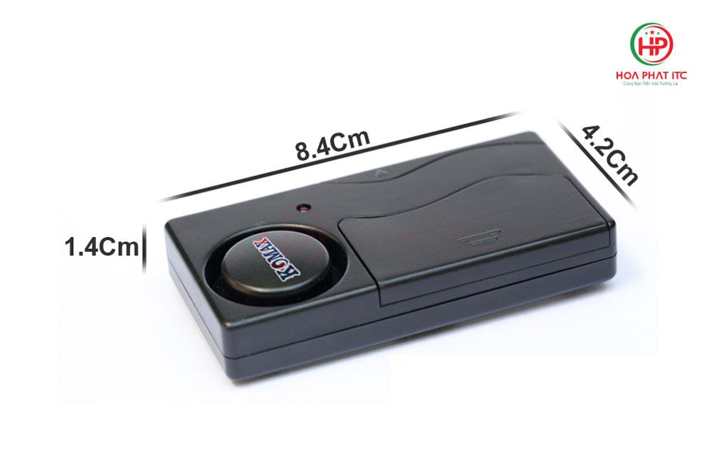 kich thuoc KM R16 - Báo trộm cảm biến rung kèm remote Komax KM-R16