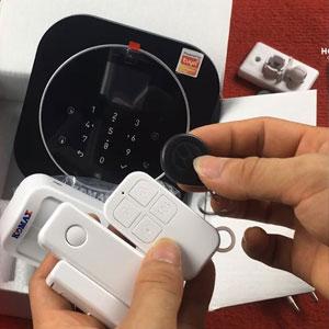 huong dan su dung he thong chong trom dung sim va wifi komax km g20 va km g30 01 - Hướng dẫn sử dụng Hệ thống chống trộm dùng Sim và Wifi komax KM-G20 và KM-G30